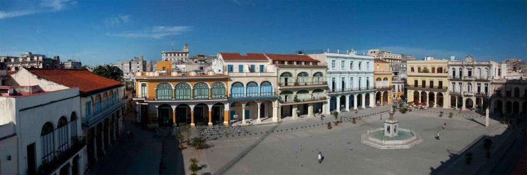 Plaza Vieja. Habana. cervecera