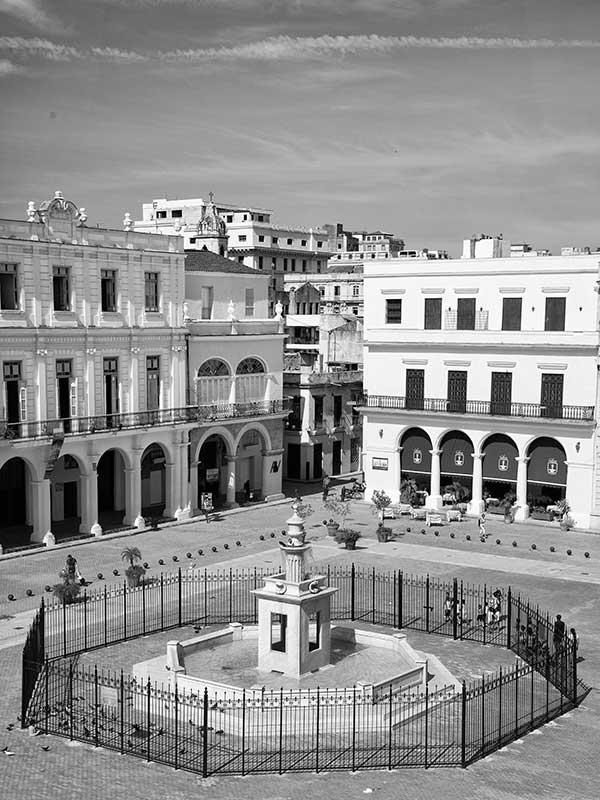 Fuente de la Plaza Vieja. Habana Vieja. Foto: Tomás Inda Barrera